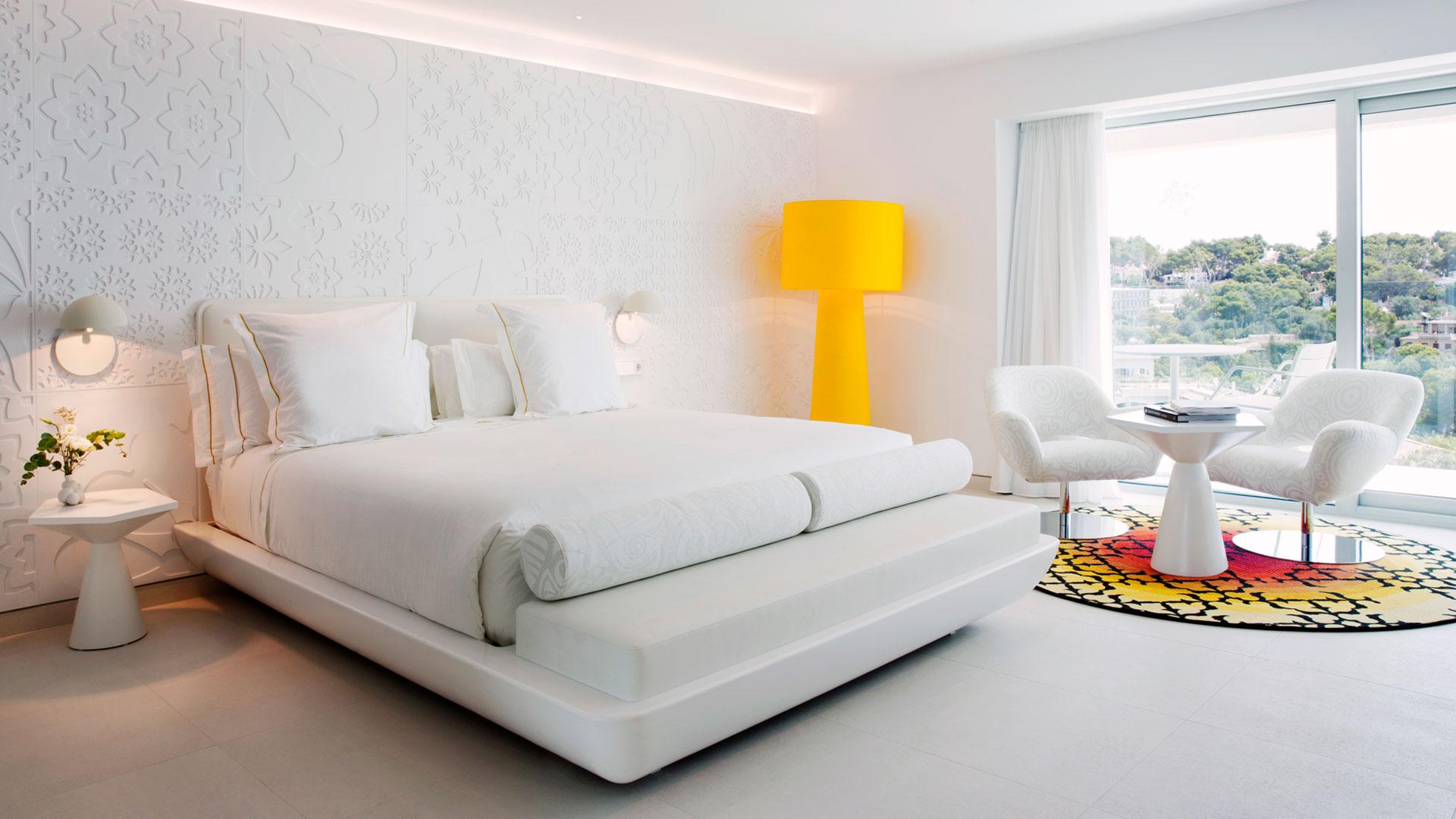 PLACAS RELIEVE EN HOTEL IBEROSTAR MALLORCA